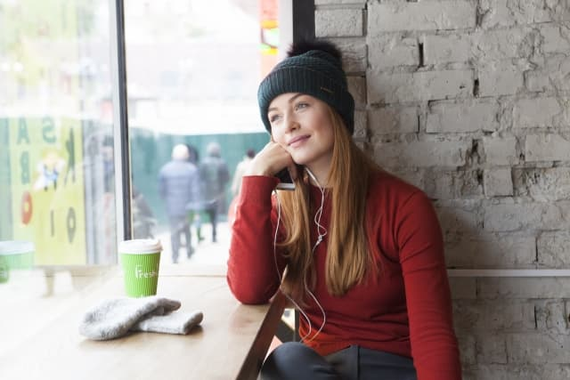 失恋後に新しい出会いを見つける方法 その4.1人ででかける機会を増やす