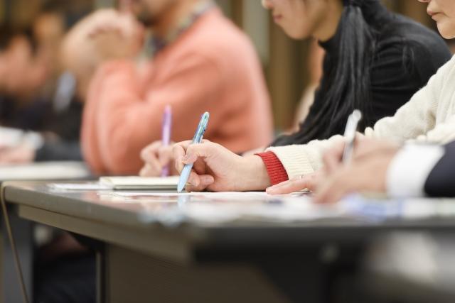 資格予備校で簿記を学ぶ